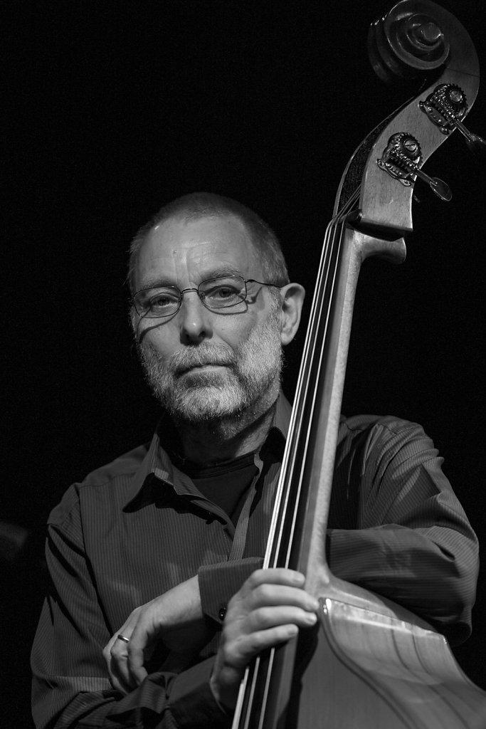 Dave Holland, 2009